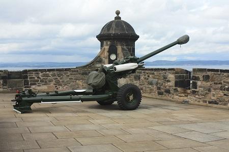 Dělo na hradě v Edinburghu (Edinburgh Castle)