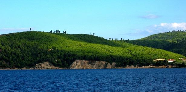 Panenská příroda na ostrově Evia