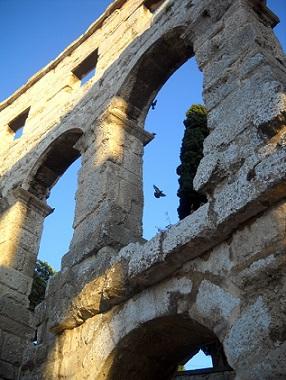 V Pule najdete mnoho historických budov...