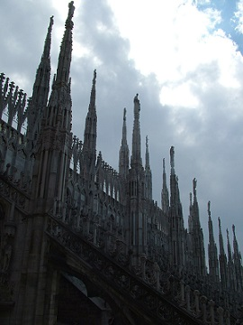 Katedrála Il Duomo v Miláně...