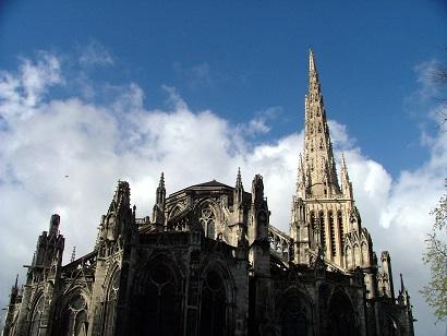 Katedrála v Bordeaux...