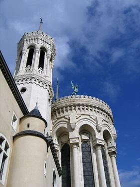Fourvière basilica ve městě Lyon...