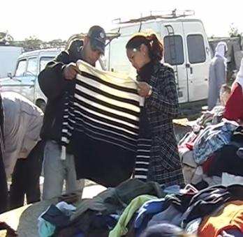 Typický bazar v Tunisku...