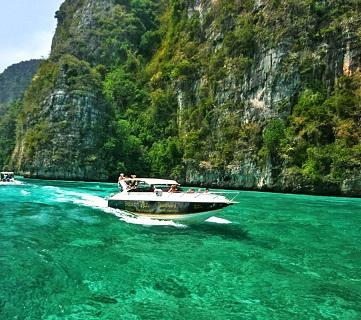 Příroda na ostrově Phuket je opravdu jedinečná...