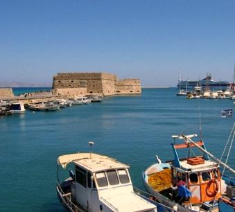 Přístav s pevností v Heraklionu