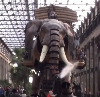 Les Machines de Ille de Nantes nabízí skvělé atrakce...